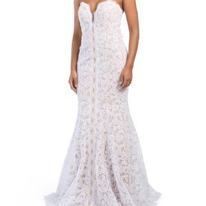 Evening gown, size 8 for sale